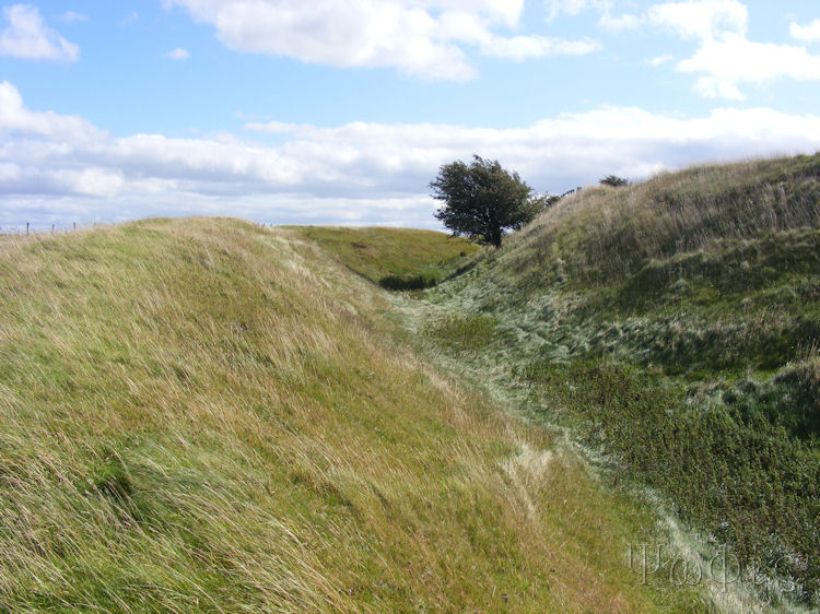 liddington castle,hillfort,ring ditch