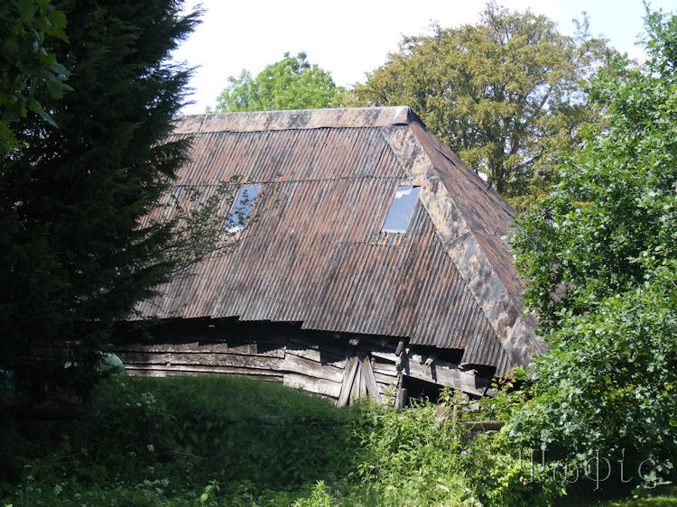 Riseley,barn