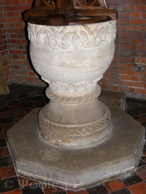 Leckhampstead Church,font