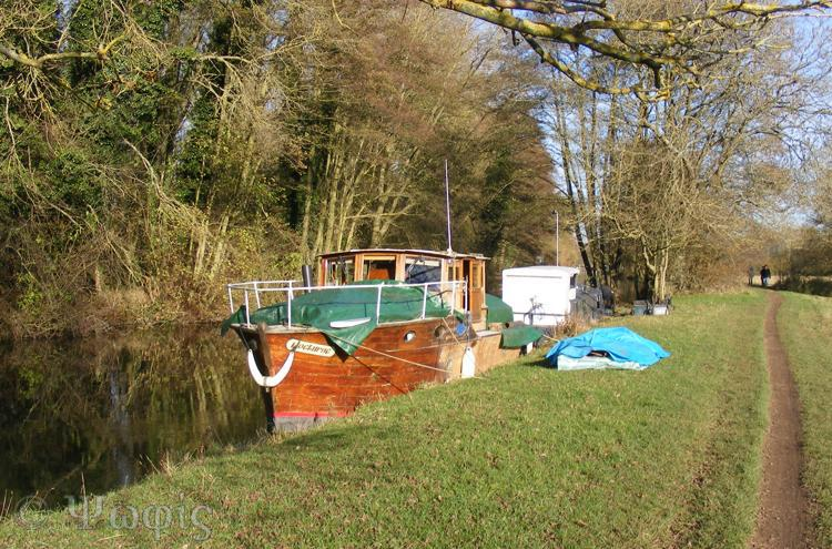 Kennet and Avon canal,boat