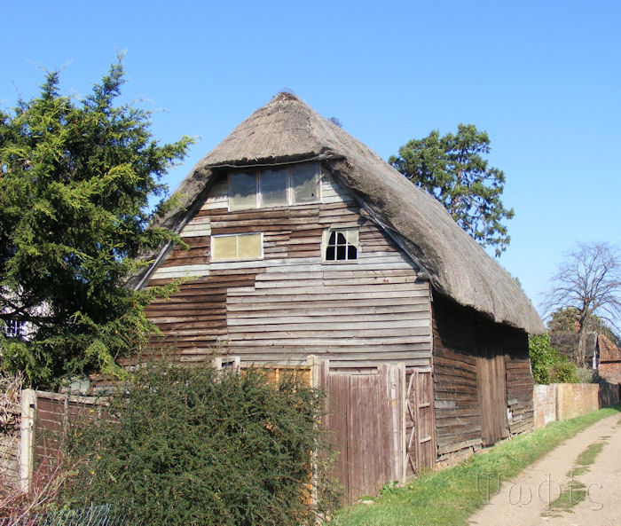 long wittenham,barn