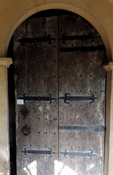 overton church,door
