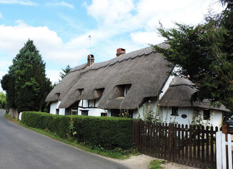 Drayton St Leonards cottage